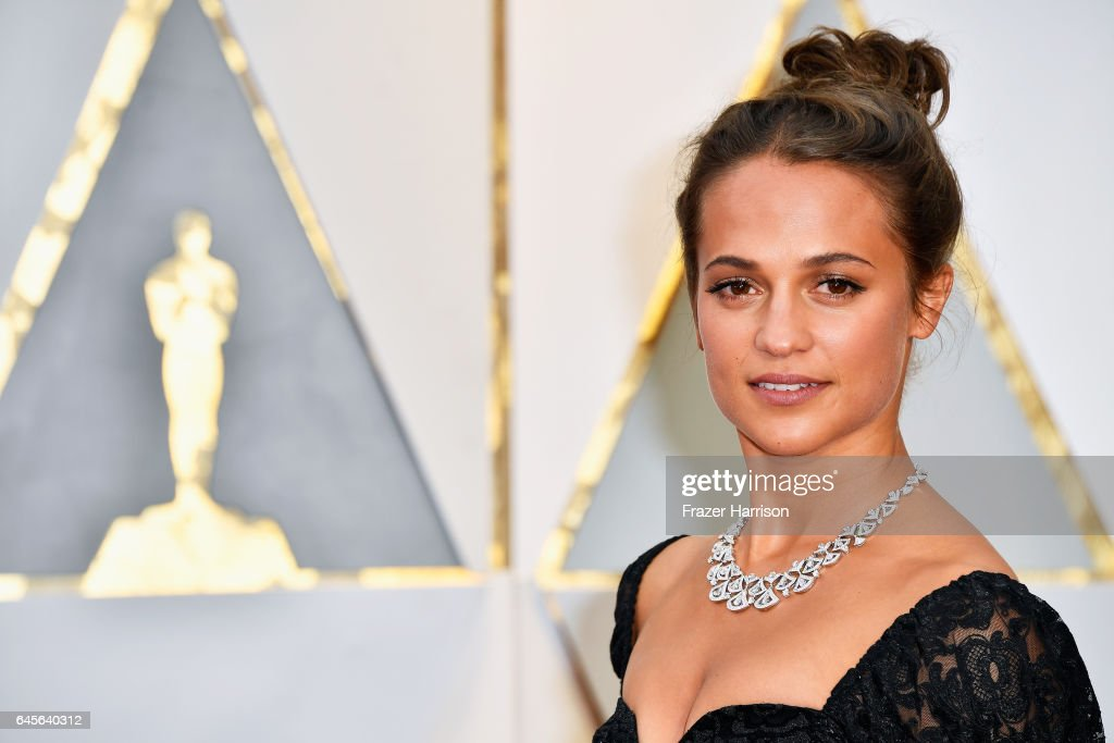 Actor Alicia Vikander attends the 89th Annual Academy Awards