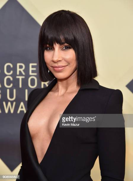 Actor Amanda Brugel attends the 24th Annual Screen Actors Guild Awards at The Shrine Auditorium on January 21 2018 in Los Angeles California 27522_007