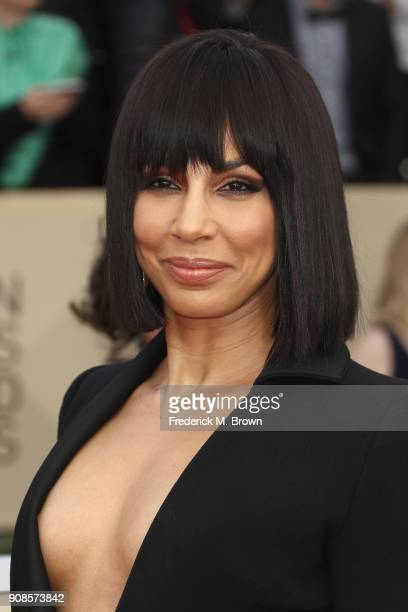 Actor Amanda Brugel attends the 24th Annual Screen Actors Guild Awards at The Shrine Auditorium on January 21 2018 in Los Angeles California 27522_017