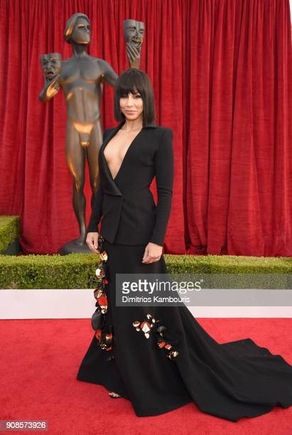 Actor Amanda Brugel attends the 24th Annual Screen Actors Guild Awards at The Shrine Auditorium on January 21 2018 in Los Angeles California 27522_009