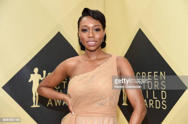 Actor Amanda Warren attends the 24th Annual Screen ActorsGuild Awards at The Shrine Auditorium on January 21 2018 in Los Angeles California