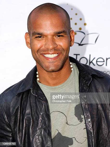 Actor Amaury Nolasco arrives at the Hollywood launch of PlatinumLounge.com at The Globe Theatre on July 7, 2007 in Los Angeles California.
