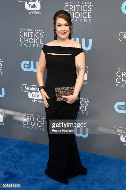 Actor Amber Nash attends The 23rd Annual Critics' Choice Awards at Barker Hangar on January 11 2018 in Santa Monica California