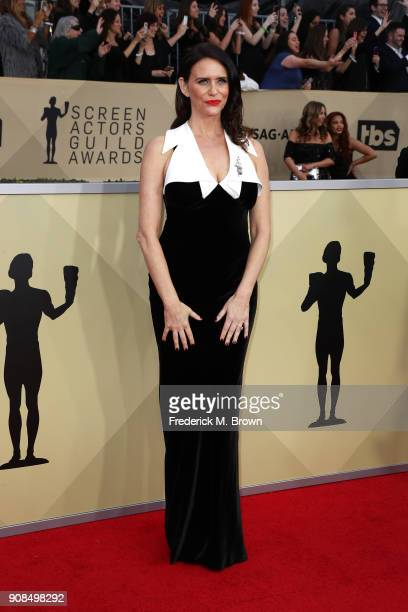 Actor Amy Landecker attends the 24th Annual Screen Actors Guild Awards at The Shrine Auditorium on January 21 2018 in Los Angeles California 27522_017