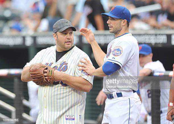 Actor and comedian Kevin James gets some pointers from NY Mets 3rd baseman David Wright prior to the game between the New York Mets-Detroit tigers...