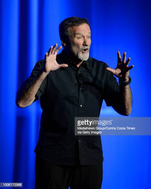 Actor and comedian Robin Williams performs on stage during ARF's Stars to the Rescue XXII at the Lesher Center for the Arts in Walnut Creek Calif on...