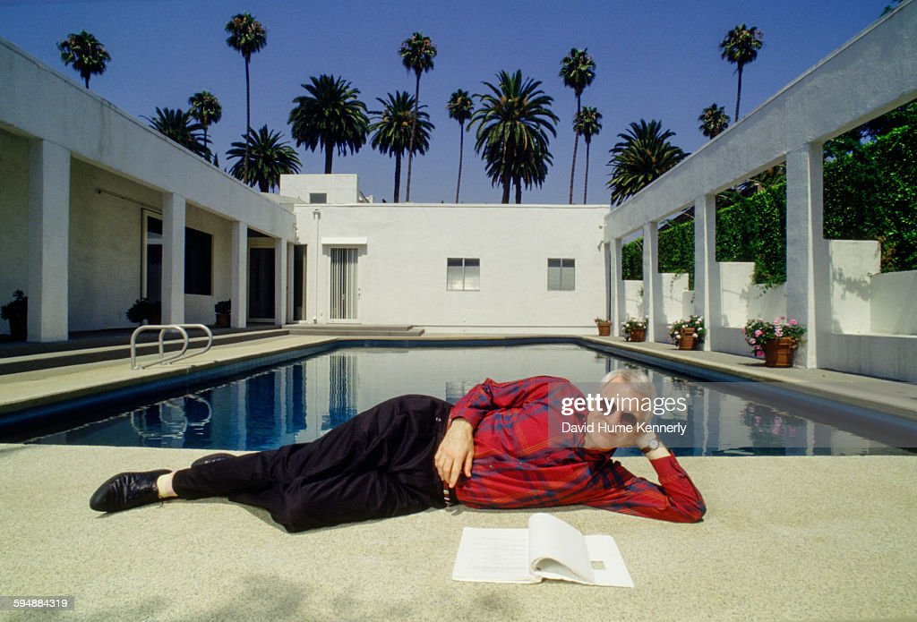 Actor and comedian Steve Martin poses at his private residence circa 1987 photo in Beverly Hills, California.