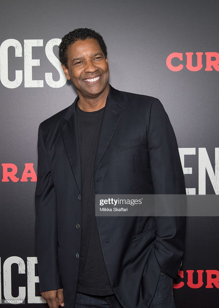 Actor and director Denzel Washington arrives at the Premiere of 'Fences' at Curran Theatre on December 15, 2016 in San Francisco, California.