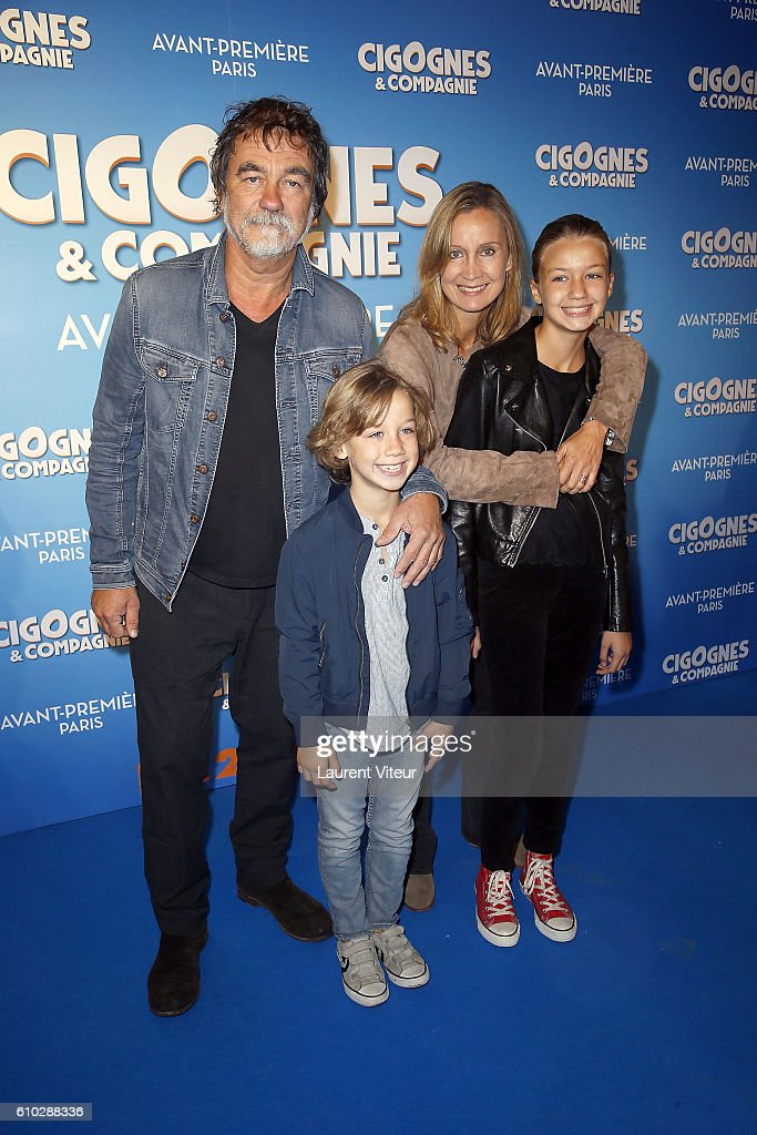 """Cigognes & Compagnie"" Paris Premiere At Cinema Gaumont Capucines : Photo d'actualité"