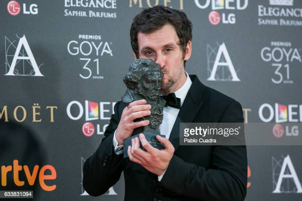 Actor and director Raul Arevalo holds the award for Best New Director for the film 'Tarde Para la Ira' during the 31st edition of the Goya Cinema...