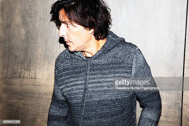 Actor and director Yvan Attal is photographed for Madame Figaro on August 27 2015 in Paris France Sweater PUBLISHED IMAGE CREDIT MUST READ Theodora...