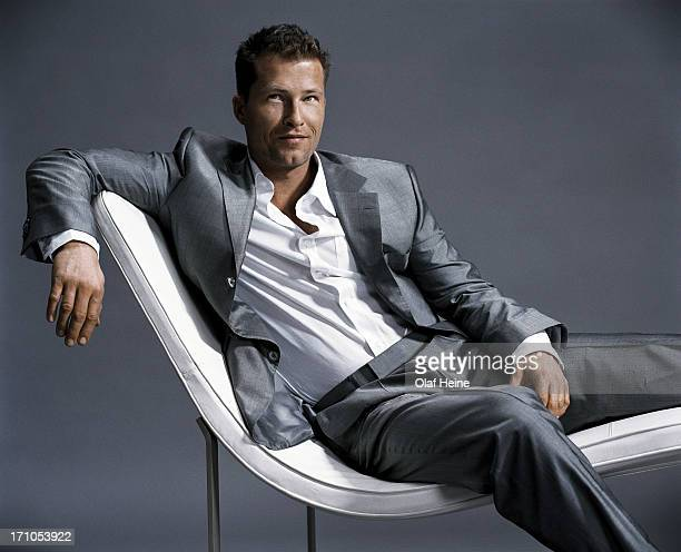 til schweiger photos et images de collection getty images. Black Bedroom Furniture Sets. Home Design Ideas