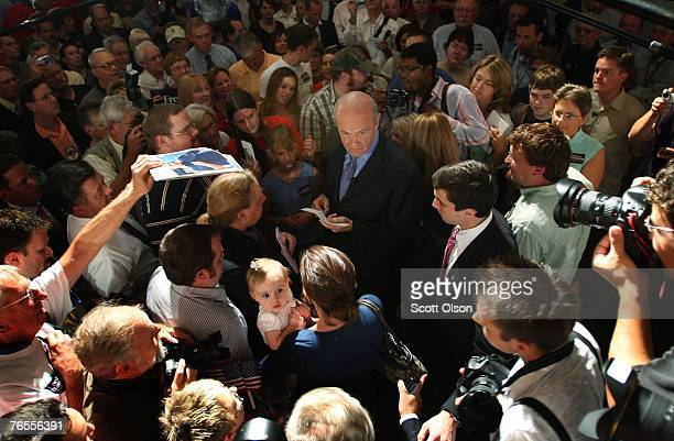 Actor and former US Senator Fred Thompson greets people following a speech at the Polk County Convention Senator September 6 2007 in Des Moines Iowa...