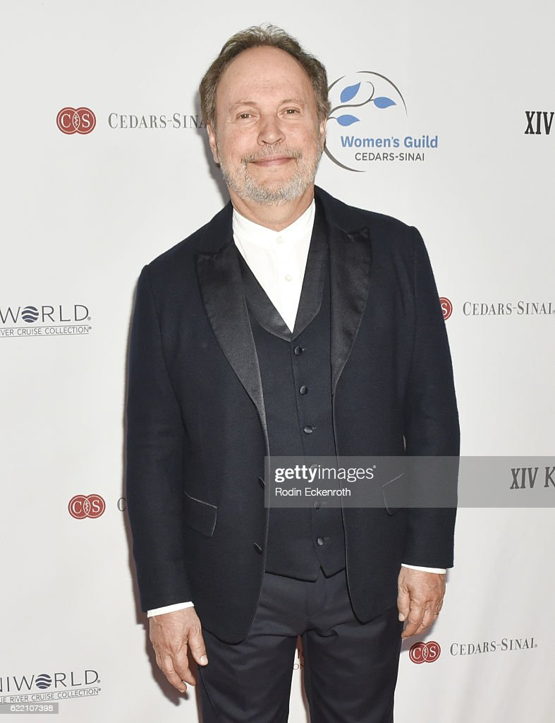 Actor and honoree Billy Crystal attends 2016 Women's Guild Cedars-Sinai Annual Gala at The Beverly Hilton Hotel on November 9, 2016 in Beverly Hills, California.