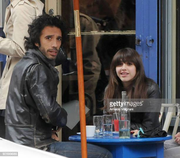 Actor and personal trainer Carlos Leon and his daughter with Madonna Lourdes Maria Ciccone Leon have breakfast in the city on November 1 2009 in New...