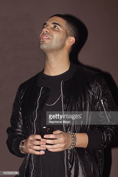 Actor and rapper Drake appears at Vibe Nightclub in Chicago Illinois on JUNE 17 2010