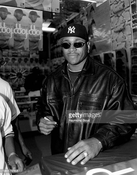 Actor and rapper LL Cool J poses for photos at George's Music Room n Chicago Illinois in NOVEMBER 1995