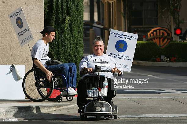Actor and Screen Actors Guild member Linda Lutz works the picket line as members of the SAG/AFTRA/EQUITY Performers with Disabilities Committee join...