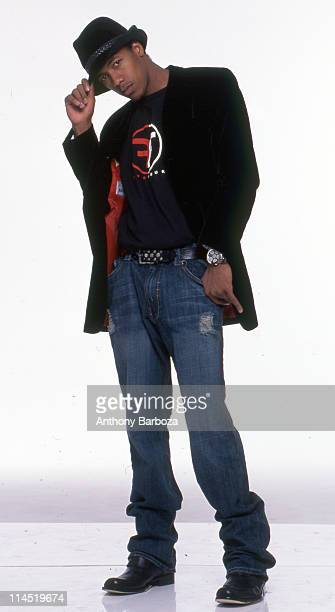 Actor and singer Nick Cannon poses for a portrait session in New York ca 2000