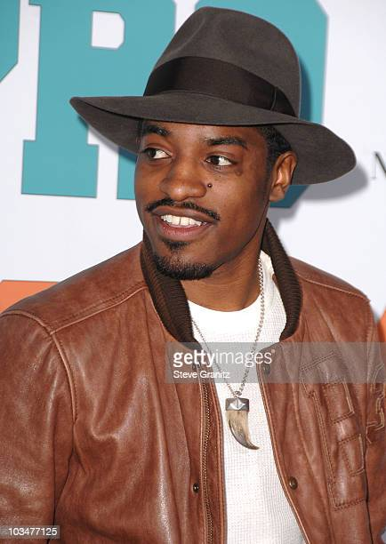 "Actor Andre Benjamin arrives to the ""Semi-Pro"" Los Angeles premiere at the Mann Village Theatre on February 19, 2008 in Westwood, California."