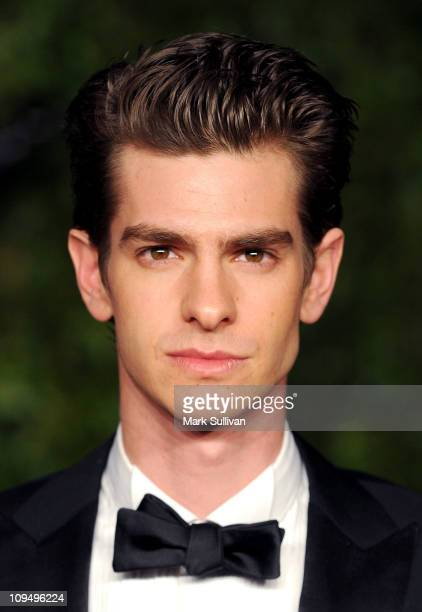 Actor Andrew Garfield arrives at the Vanity Fair Oscar party hosted by Graydon Carter held at Sunset Tower on February 27 2011 in West Hollywood...