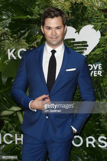 Actor Andrew Rannells attends the 11th Annual God's Love We Deliver Golden Heart Awards at Spring Studios on October 16 2017 in New York City