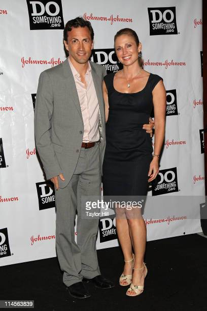 Actor Andrew Shue and news anchor Amy Robach attends the 2011 Do Something Awards kickoff event at BB King Blues Club Grill on May 23 2011 in New...