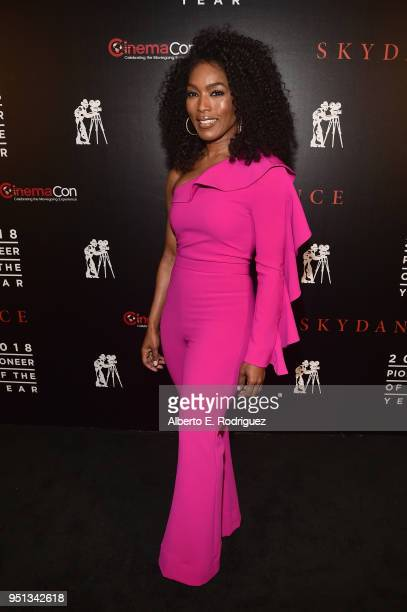 "Actor Angela Bassett attends the 2018 Will Rogers ""Pioneer of the Year"" Dinner Honoring Tom Cruise at Caesars Palace during CinemaCon the official..."