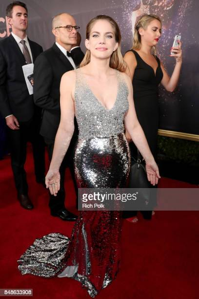 Actor Anna Chlumsky walks the red carpet during the 69th Annual Primetime Emmy Awards at Microsoft Theater on September 17 2017 in Los Angeles...