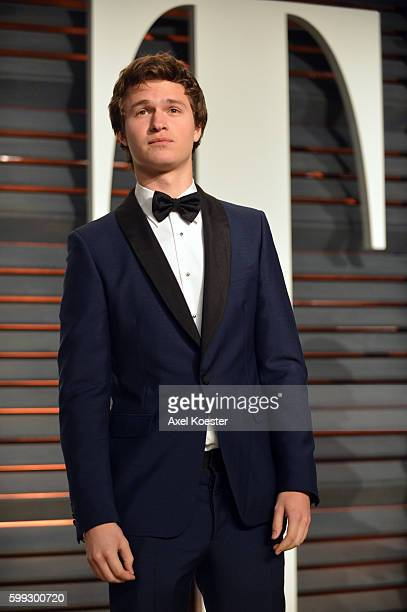 Actor Ansel Elgort attends the 2015 Vanity Fair Oscar Party hosted by Graydon Carter at the Wallis Annenberg Center for the Performing Arts on...