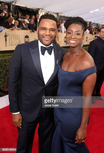 Actor Anthony Anderson and Alvina Stewart attend the 24th Annual Screen ActorsGuild Awards at The Shrine Auditorium on January 21 2018 in Los...