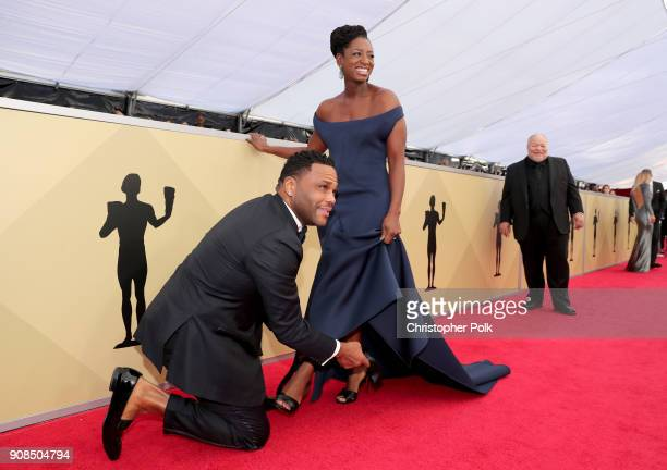 Actor Anthony Anderson and Alvina Stewart attends the 24th Annual Screen Actors Guild Awards at The Shrine Auditorium on January 21 2018 in Los...