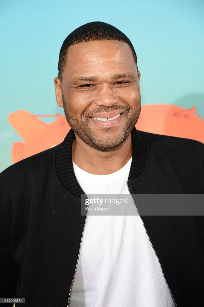 Actor Anthony Anderson attends Nickelodeon's 2016 Kids' Choice Awards at The Forum on March 12, 2016 in Inglewood, California.