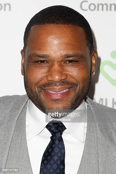 Actor Anthony Anderson attends the MLK Community Health Foundation's Living The Dream Luncheon at Dorothy Chandler Pavilion on January 15 2016 in Los...