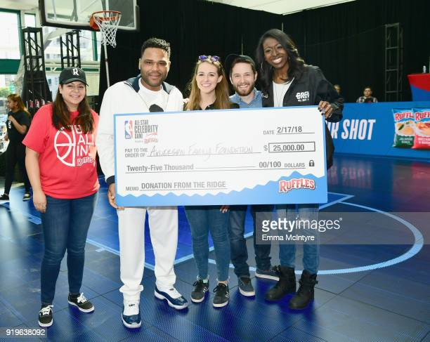Actor Anthony Anderson challenges fans to the 'Around The Ridge' competition at Ruffles' 'The RIDGE' 4 pointline footprint in Los Angeles during NBA...