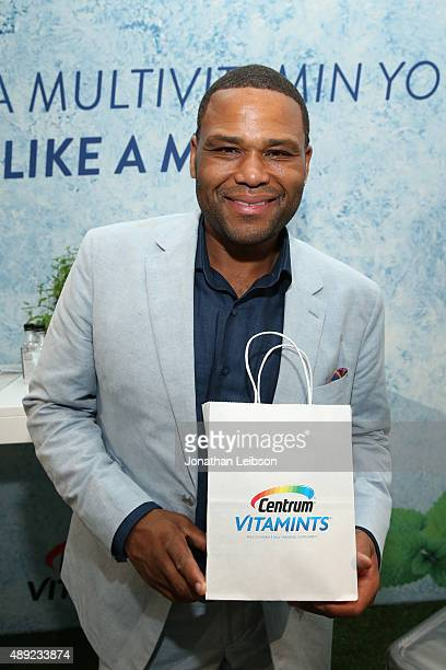"""Actor Anthony Anderson poses with Centrum Vitamints at EXTRA's """"WEEKEND OF   LOUNGE"""" produced by On 3 Productions at The London West Hollywood on..."""