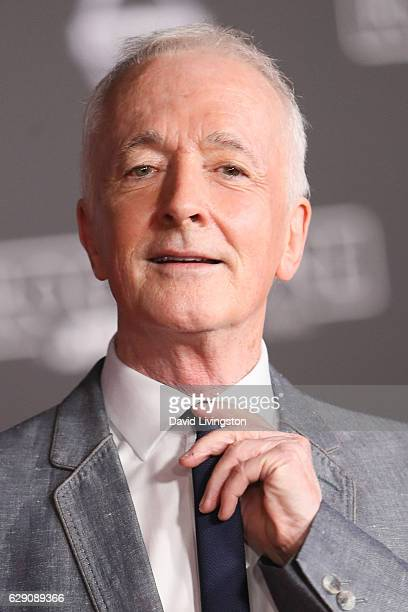 Actor Anthony Daniels arrives at the premiere of Walt Disney Pictures and Lucasfilm's 'Rogue One A Star Wars Story' at the Pantages Theatre on...