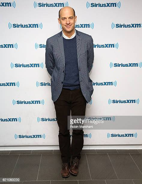 Actor Anthony Edwards visits at SiriusXM Studio on November 4, 2016 in New York City.