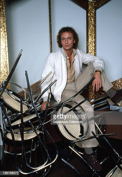 Actor Anthony Geary poses for a portrait session in circa 1985 in Los Angeles California