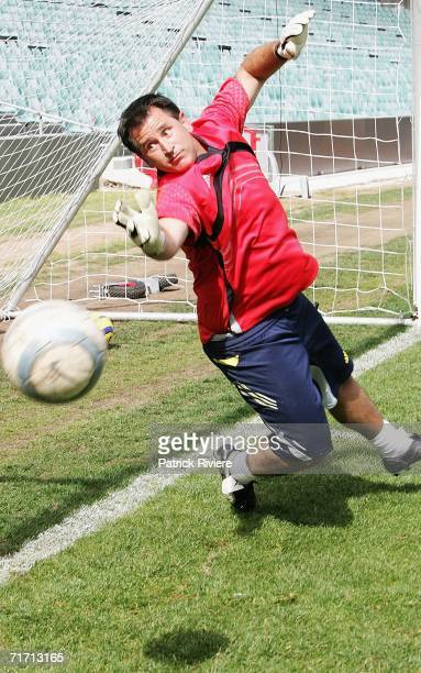 Actor Anthony LaPaglia practices his goalkeeping skills on a visit to Sydney FC at Aussie Stadium on August 25, 2006 in Sydney, Australia. LaPaglia,...
