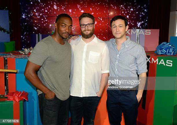 Actor Anthony Mackie actor Seth Rogen and actor Joseph GordonLevitt attend the XMas photo call during Summer Of Sony Pictures Entertainment 2015 at...