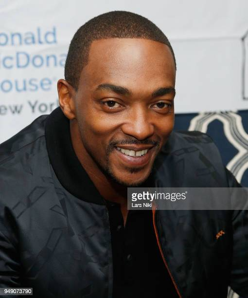 Actor Anthony Mackie star of Avengers Infinity War greets some young fans and hands out gifts at Ronald McDonald House New York on April 19 2018 in...