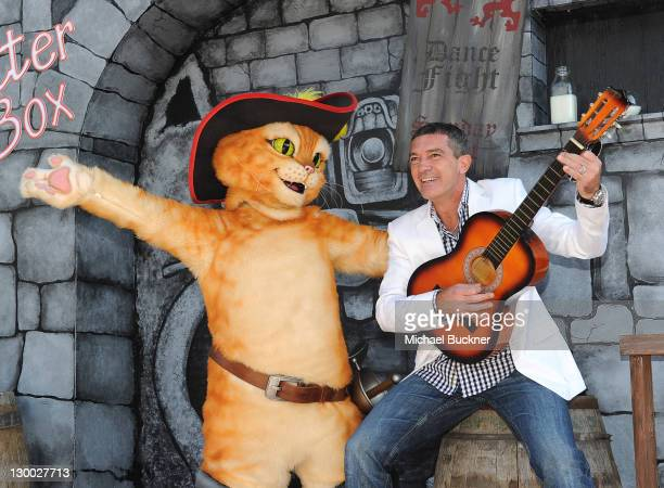 """Actor Antonio Banderas arrives at the premiere of Dreamworks Animation's """"Puss In Boots"""" at the Regency Westwood Theatre on October 23, 2011 in..."""