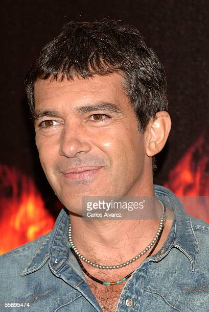 """Actor Antonio Banderas attends a photocall for """"The Legend of Zorro"""" at Hotel Villamagna on October 11, 2005 in Madrid, Spain."""