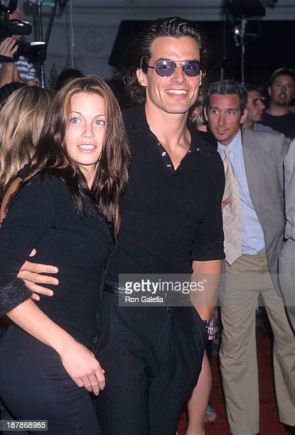 Actor Antonio Sabato Jr and girlfriend Kristin Rossetti attend the Hollow Man Westwood Premiere on August 2 2000 at the Mann Village Theatre in...