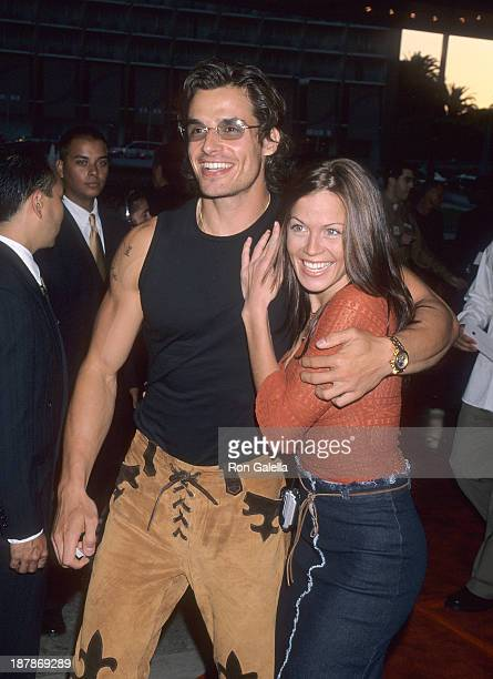 Actor Antonio Sabato Jr and girlfriend Kristin Rossetti attend The Cell Century City Premiere on August 17 2000 at the Loews Cineplex Century Plaza...