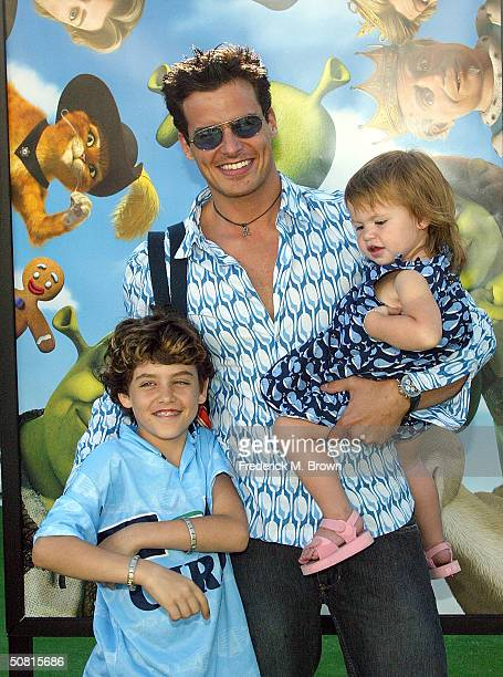Actor Antonio Sabato Jr with son Jack and daugther Mina Bree attend the Los Angeles premiere of the Dreamworks Pictures' film Shrek 2 at the Mann...