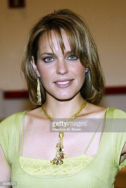 Actor Arianne Zuker attends the Daytime Emmy Beauty Bar at NBC Television Studios on April 16 2004 in Burbank California