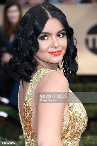 Actor Ariel Winter fashion detail attends The 23rd Annual Screen Actors Guild Awards at The Shrine Auditorium on January 29 2017 in Los Angeles...