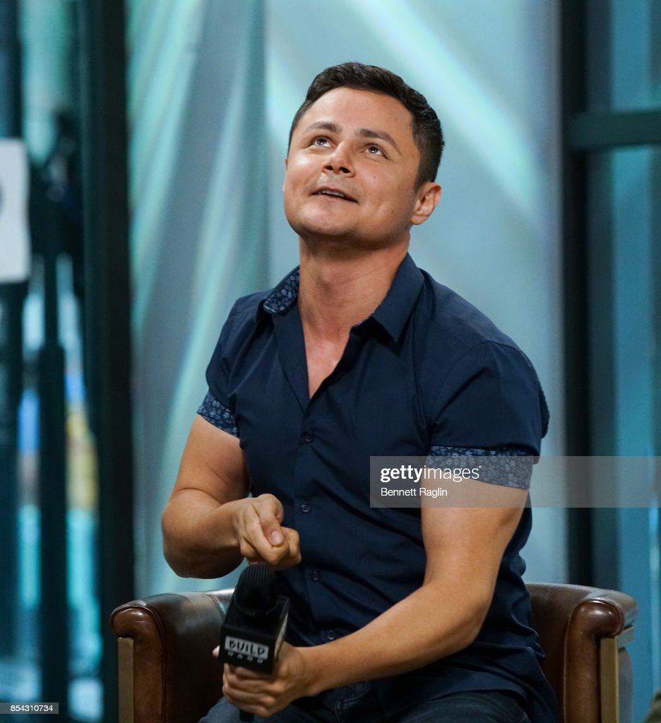 "Build Presents Arturo Castro Discussing ""Broad City"""